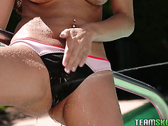 All-natural beauty Nina North got banged by the pool