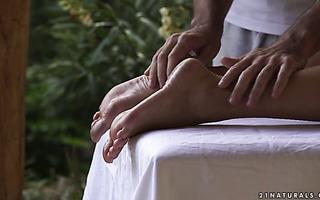 Footjob expert Blanche Bradburry has hot fuck with a masseur