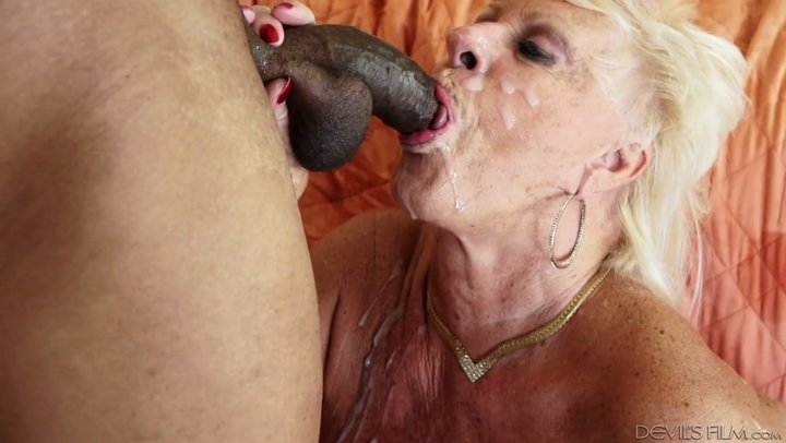 Granny Mandi McGraw finally takes a big black cock in her pussy