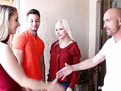 Slutty Sierra Nicole fucks BF's big cocked dad at Thanksgiving
