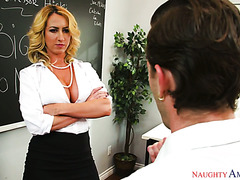 Janna Hicks forgives a cheating student after he pleases her pussy