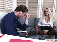 Kylie Page fucks her boss in the office to apologize for being a bad girl