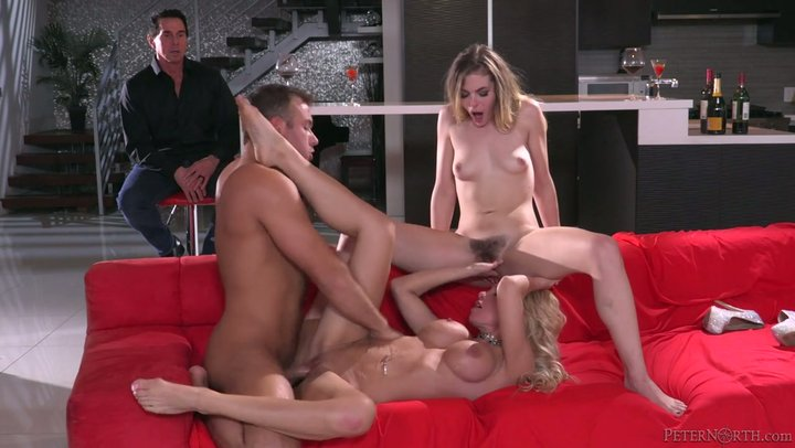 Blonde Wife Amateur Threesome