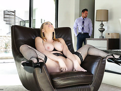 Horny housewife Kagney Lynn Carter gets satisfied by her handsome hubby
