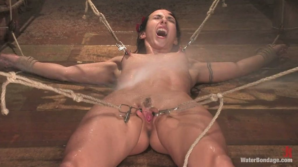 Extreme bondage and water punishment for tight MILF slave Wenona