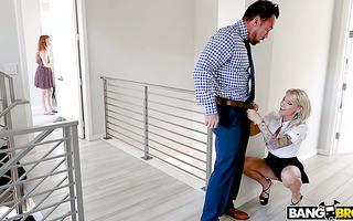 Mature estate agent Synthia Fixx seduces tough married client