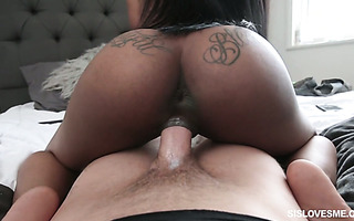 Ebony Sarah Banks bounces on stepbro's cock to get pregnant