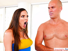 Sadie Holmes seduces bestie's husband using her MILF charm