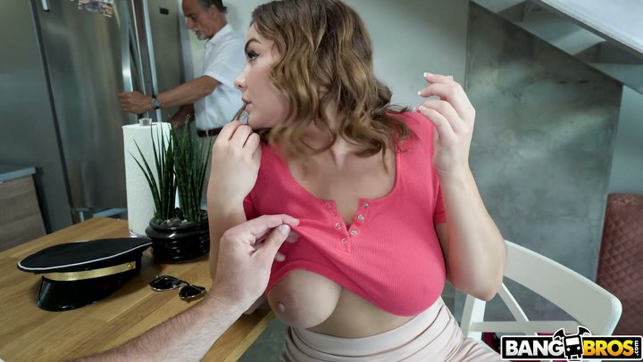 Eating Pussy Step Sister