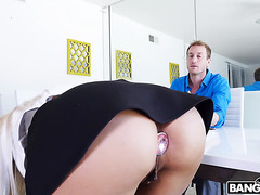 Tax attorney Luna Star gets her big Cuban booty smashed