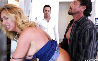 Housewife Janna Hicks cheats on cuck with their attorney
