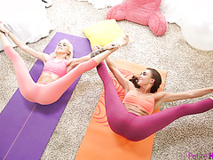 Yoga girls Halle Von and Marry Lynn cum on big dick in 3some