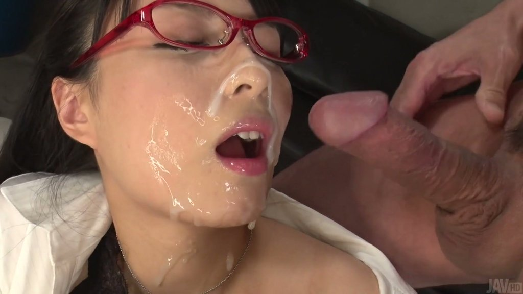 Dripping wet virgin vaginas