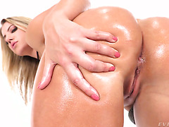 PAWG Candice Dare's rough sodomy & insane squirting