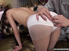 Skinny Japanese nurse Ruri Narumiya gets bukkake after hardcore sex