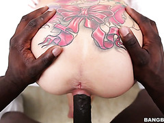 Tattooed White chick with big boobs Aria Rose gets fucked by Black guy