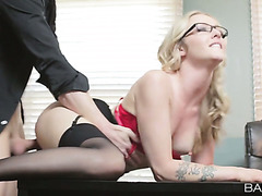 Blonde secretary Karla Kush can't do anything except for fucking her boss