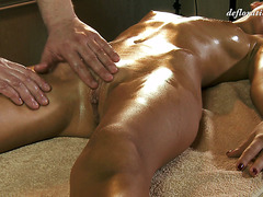 Virgin beauty Masha Roofkina takes an erotic relaxation massage