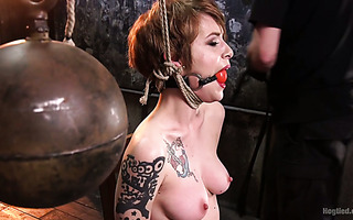 Bandaged and gagged Jeze Belle gets toyed with magic wand