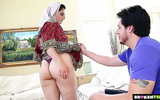 Saucy Pakistani wife Nadia Ali makes friends with lucky neighbor
