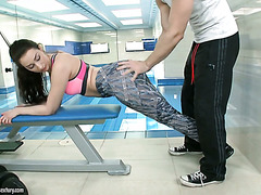 Fashion model lookalike Leyla Bentho fucks after a nice workout