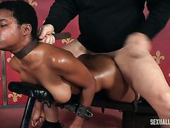 Афро рабыня Калиста Стонем жесточайше тразнута белой парой